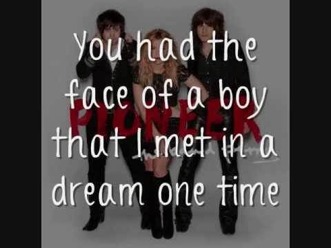 The Band Perry - I Saw A Light [Lyrics On Screen]