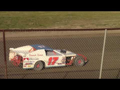 May 26, 2016 Grand Rapids Speedway WISSOTA MWM Heat #2