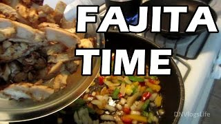 Quick And Easy Chicken Fajita And Smoothie Time