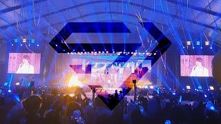 Gambar cover Super Junior in Jeddah 2019 - KYUHYUN - At Gwanghwamun سوبر جونيور في جده - أداء رائع وجمهور أروع