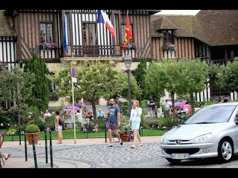 Deauville, a Parisian Riviera. Parisians' perfect destinatio