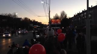 Тула 14 октября 2013 - Олимпийский огонь СОЧИ 2014 - Видео 2(, 2013-10-14T17:56:33.000Z)