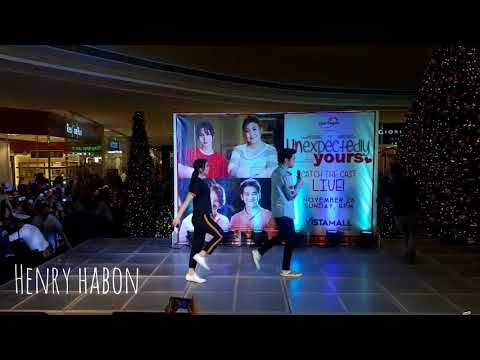 JoshLia at Vista Mall Taguig for Unexpectedly Yours movie