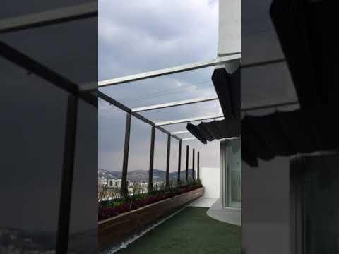 Pérgola De Aluminio Inclinada Con Toldo Abatible Youtube
