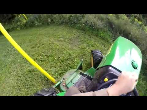 Mowing video with the 2032R and a MASSIVE princess auto flyer