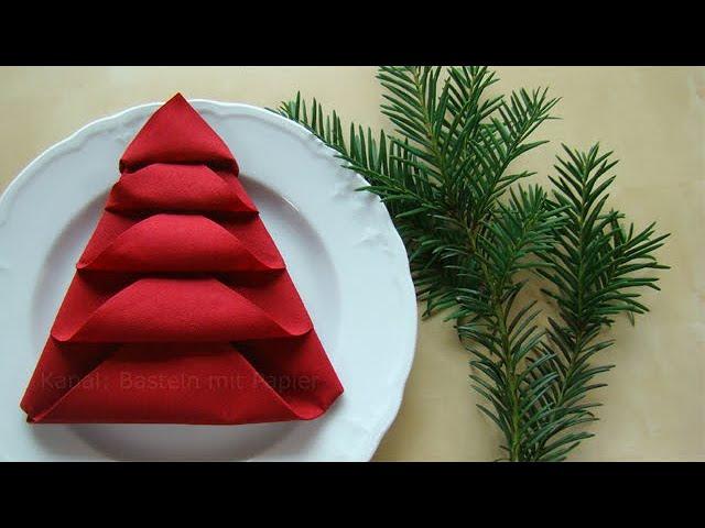 Servietten falten - Tischdeko Weihnachten - Weihnachtsdekoration selber machen - DIY Weihnachten