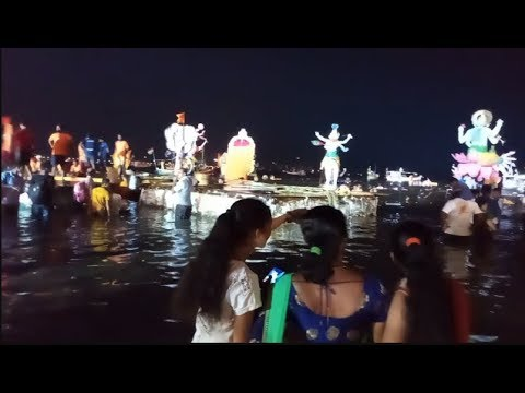 People Enjoying At Girgaon Chowpatty During Ganesh Viserjan