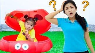 Suri Pretend Play Hide and Seek Peek a Boo Game for Kids
