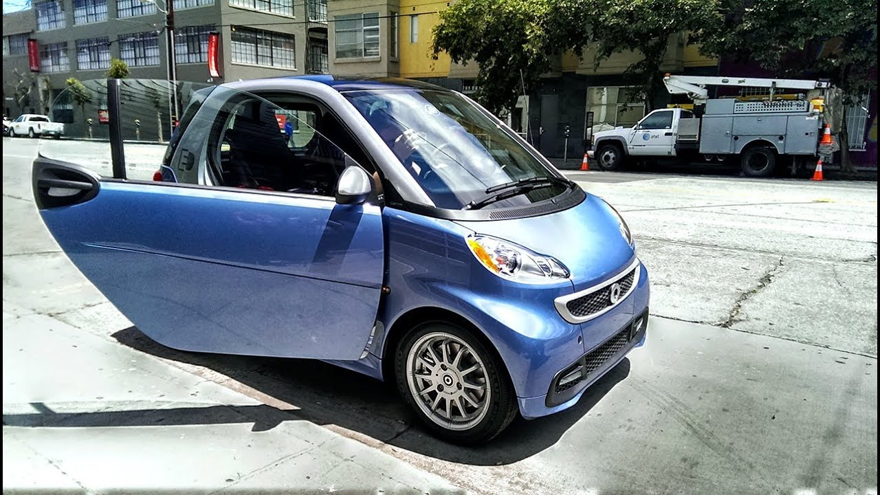 tested test drives the smart fortwo electric car youtube. Black Bedroom Furniture Sets. Home Design Ideas