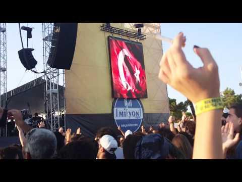 İSKENDER PAYDAŞ - GEMİLER (TEOMAN COVER) (ZEYTİNLİ ROCK FESTİVALİ 2017)