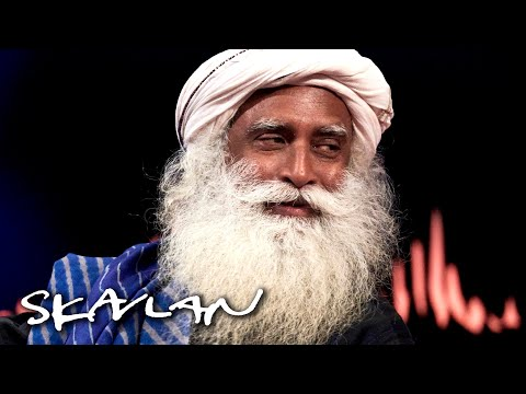 Life advice from Sadhguru: – Live each moment as if it were your last | SVT/TV 2/Skavlan