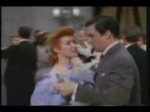 Greer Garson meets Walter Pidgeon for the first time