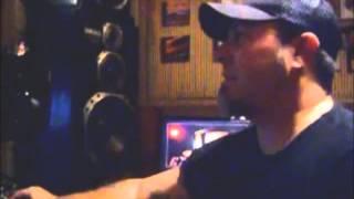 Vitrola Verde 018 - Cesar Gavin visita o baixista Mingau (Ultraje a Rigor/Vega) no estúdio FM