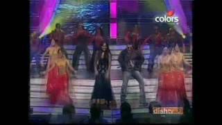 SonakshiSinhaTv-Sonakshi´s Performance @Global India Music Awards 2010 HD