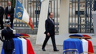 Fransa: Cumhurbaşkanı ve başbakanın eli havada kaldı