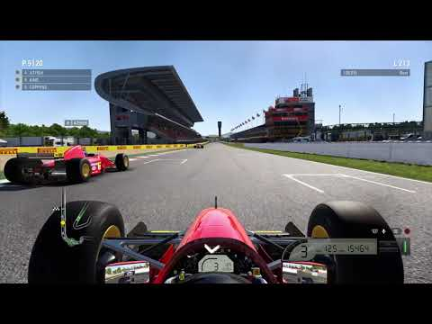 F1™ 2017 - PS4 Pro - Classic Car Race