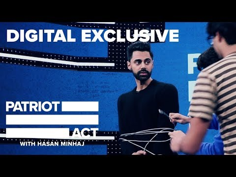 """Hasan Responds: """"Why Does He Move His Hands So Much?"""" 