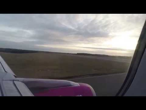 lot samolotem Wizzair z London Luton do Poznań / Aicraft Wizzair flight