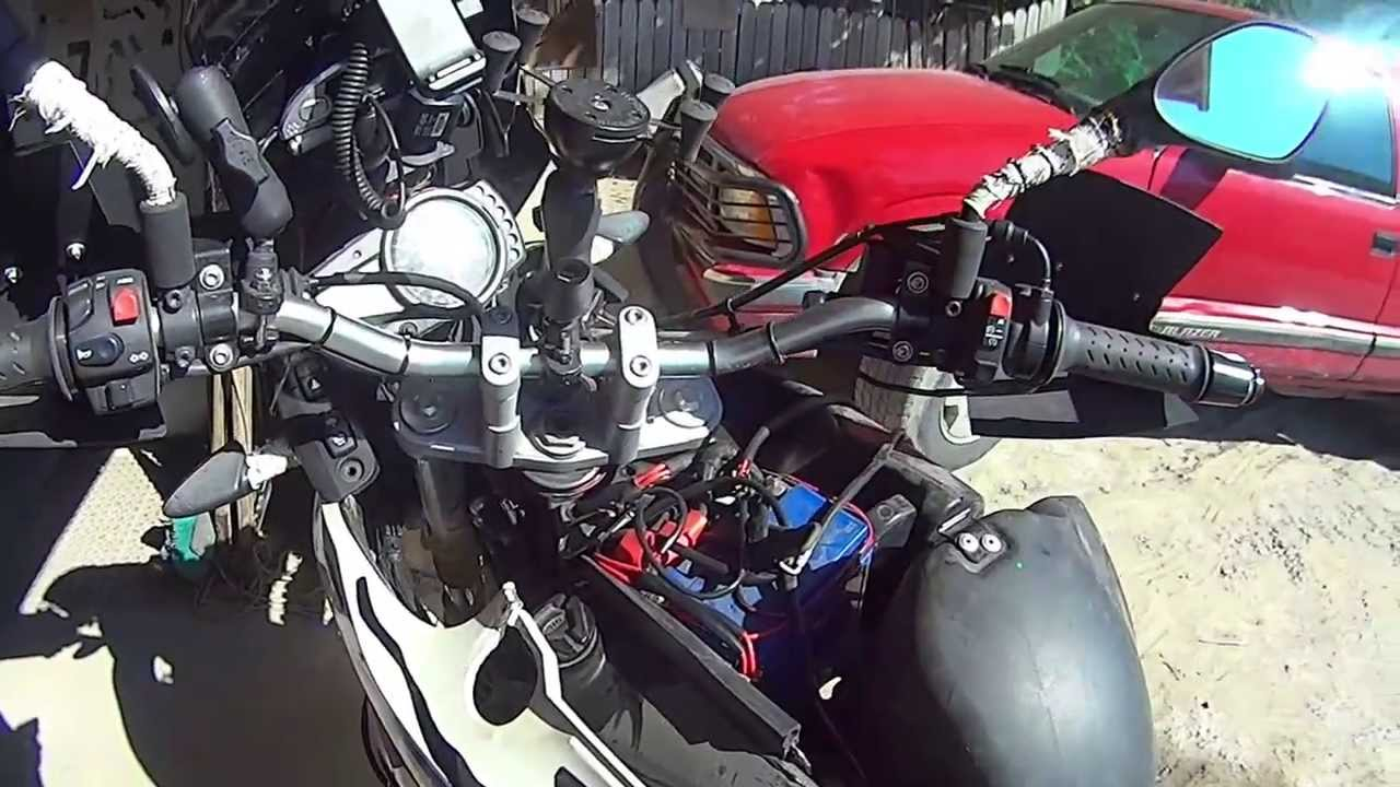 How To Change Air Filter Bmw G 650 Gs Youtube