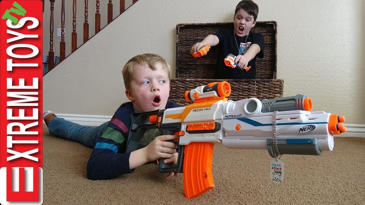 Sneak Attack Squad Training! Nerf Battle Surprise!