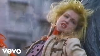 Watch Cyndi Lauper Change Of Heart video