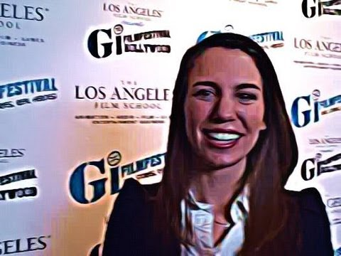 """""""IN""""terview with....Christy Carlson Romano"""