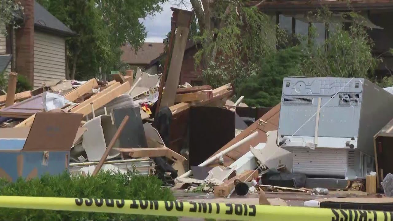 'It was explosion after explosion': Naperville community rallies ...