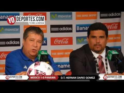 Hernán Dario Bolillo Gomez entrenador de Panama en el Toyota Park contra Mexico