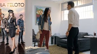 ¡Olivia encara a Morrison! | La Piloto 2 - Televisa