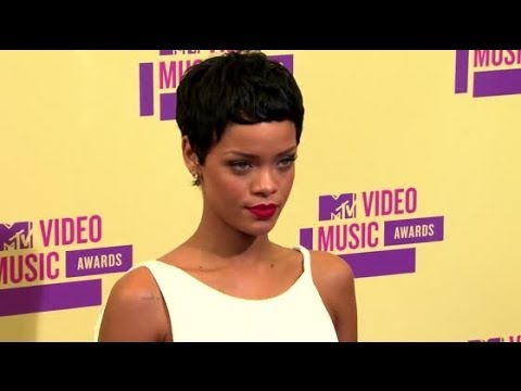 Rihanna Reportedly Getting $10 Million Settlement | Splash News TV | Splash News TV