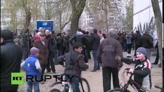LIVE FROM UKRAINE Pro-Russia protest in Kharkov