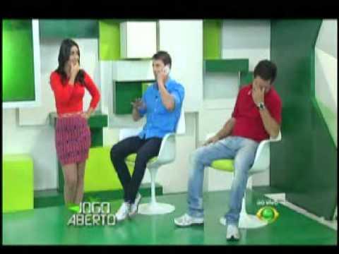 Celso Tomás, Larissa Erthal e Pedrinho no forró