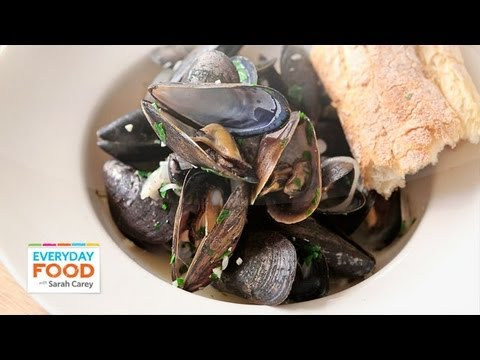 Mussels With White Wine And Butter   Everyday Food With Sarah Carey