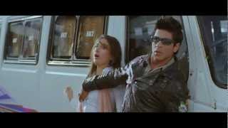 Kareena Kapoor Boob Press by SRK in movie Ra-One [HD]