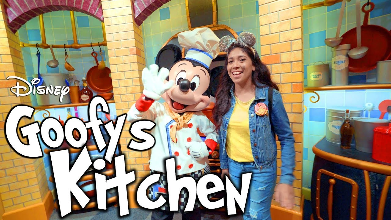 Goofy S Kitchen Character All You Can Eat Dining Disneyland Resort