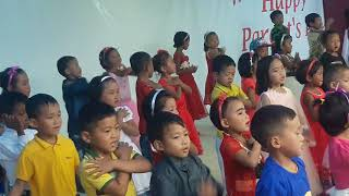 Dubi dubi paoh me dance by Divine word society school Rajawa class LKG student
