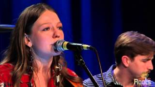 "Gambar cover Kelsey Waldon - ""High In Heels"" @ Music City Roots"
