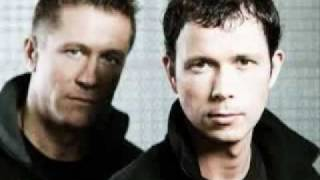 Cosmic Gate The Drums (Markus Schulz Remix).avi