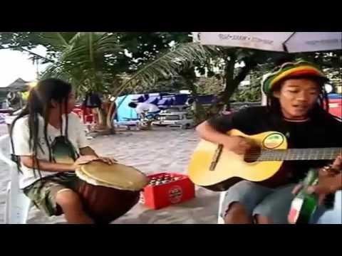 Anak Pantai Menyanyikan Lagu Reggae I Disayidan   Shaggy Dog