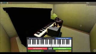 "Playing PewDiePie's ""Bitch Lasagna"" in roblox on virtual piano."
