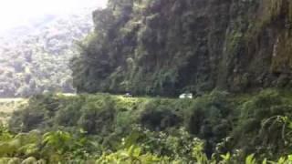 Дорога смерти в Боливии(Спуск на велосипеде с 4700 до 1500 метров., 2011-10-24T17:41:18.000Z)