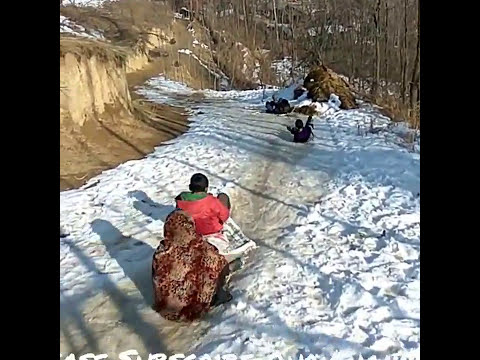 OMG |Dangerous stunt by kids on snow | DON'T TRY IT