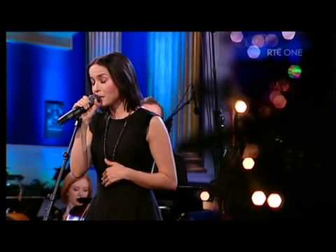 Oh Holy Night - Andrea Corr on 'Carols From The Castle' (24-12-12)