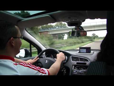 Ralph a 200 km/h na Autoban Alemã