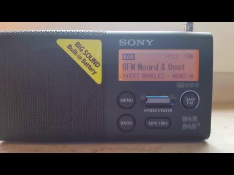 A short demonstration of the Sony XDR-P1DBP (Portable FM/DAB+ Radio)
