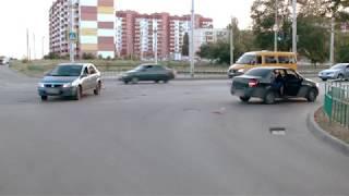 ДТП (авария г. Волжский) пр. Ленина ул. Молодогвардейцев 09-06-2019 17-44