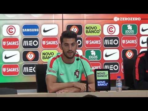 Pizzi não pensa em sair do Benfica