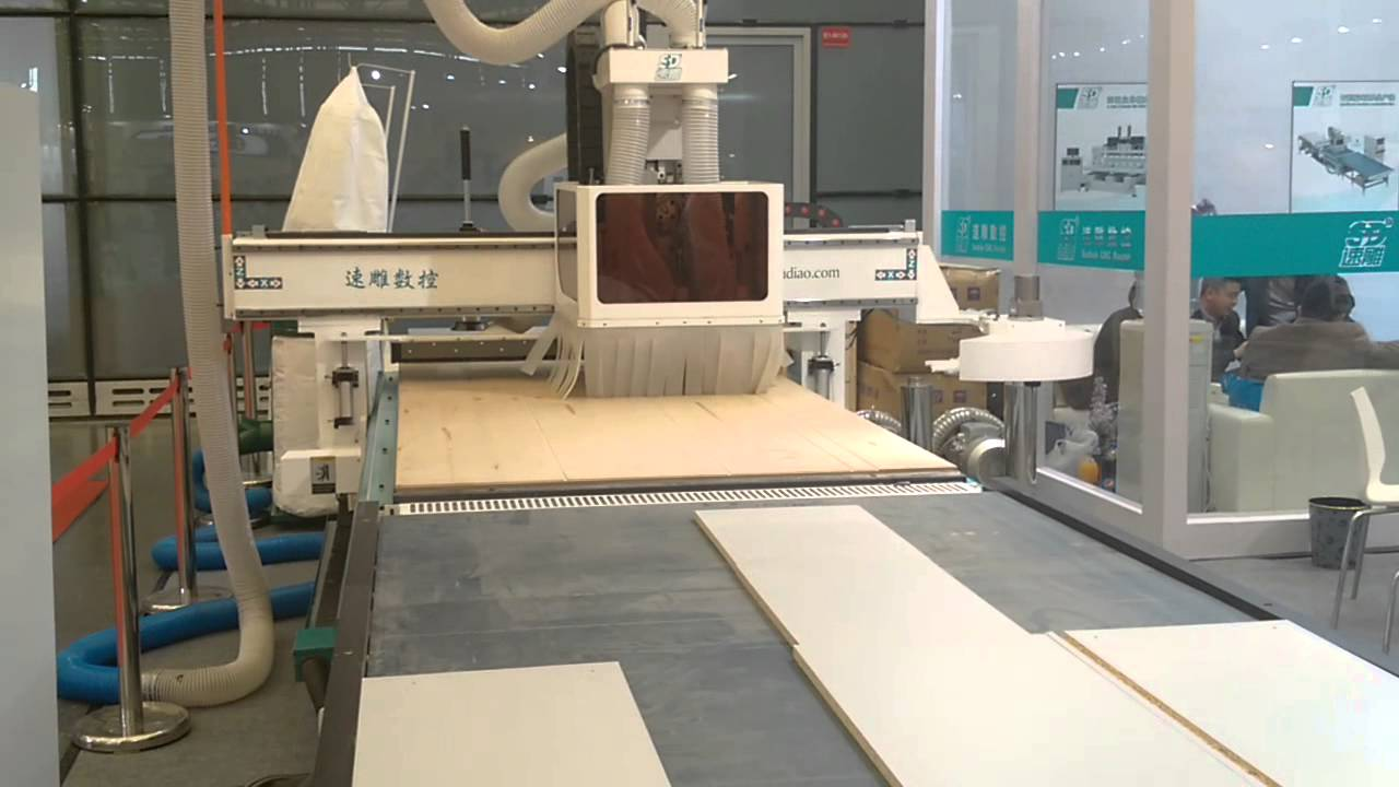 Wood cabinet cnc production line with auto loading and for Kitchen set environment variables
