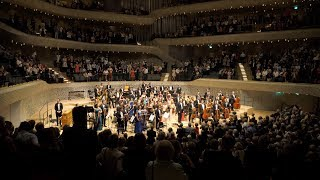 Orchestra Romana de Tineret la ElbPhilharmonie Hamburg 2019