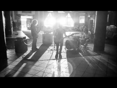 HEADBENGS – Félember (album verzió) mp3 letöltés